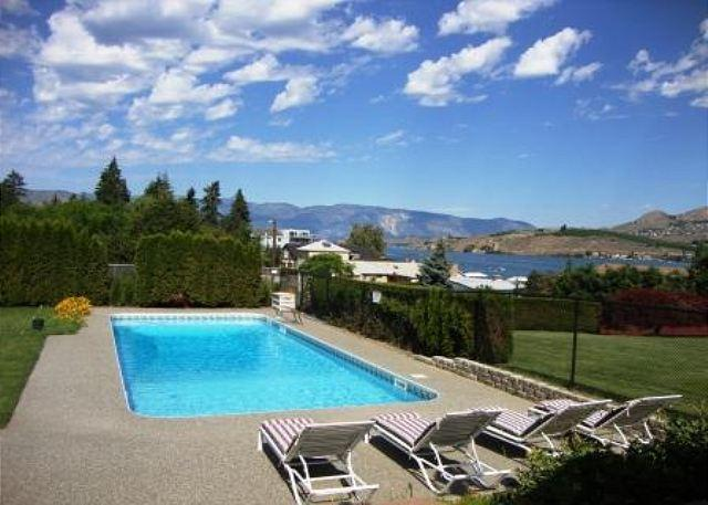 Private Outdoor Pool 40x17 - Chelan Lake Stree Pool House by Sage Vacation Rentals - Chelan - rentals