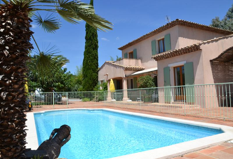 Lena, Excellent Grimaud Villa with a Pool and Garden - Image 1 - Grimaud - rentals