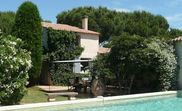 Saint Tropez 3 Bedroom Vacation Home with a Pool - Image 1 - Ramatuelle - rentals