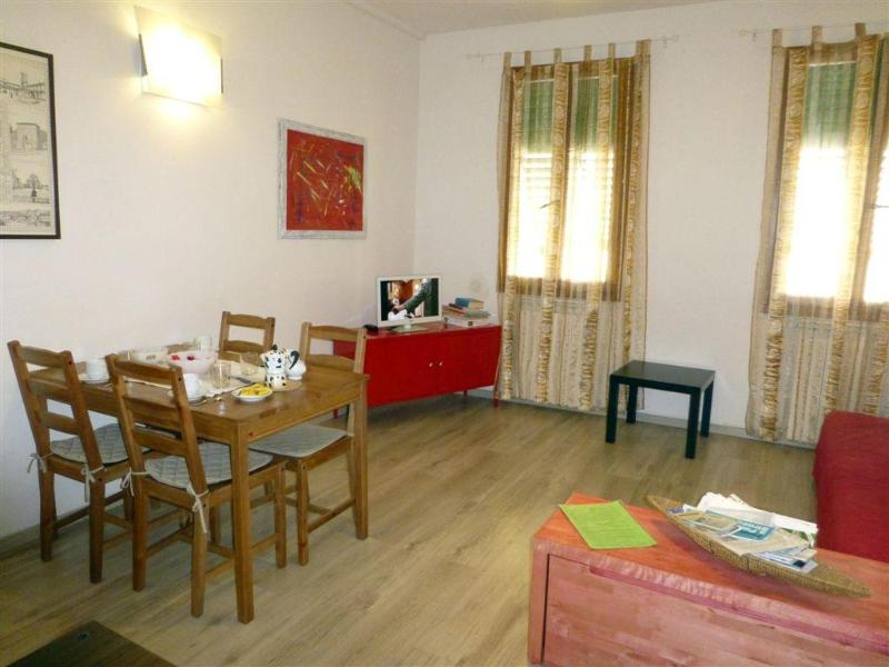 Very Nice 1 Bedroom Apartment Rental in Central Florence - Image 1 - Florence - rentals