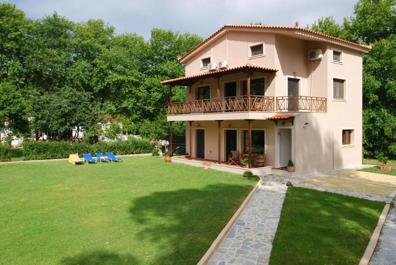 House villa Jasmin. The Two Bedroom Apartment - Image 1 - Central Greece - rentals