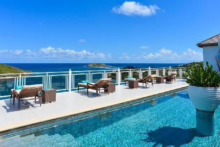 Hillside Bellevue Villa with panoramic views, fitness room and daily housekeeping - Image 1 - Marigot - rentals