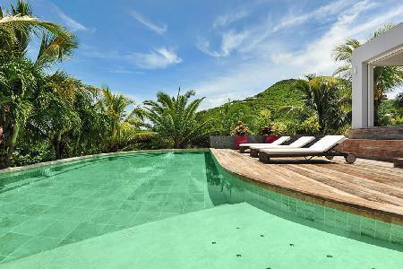 Impressive Murraya Villa, with pool, heated jacuzzi and maid service - Image 1 - Petites Salines - rentals