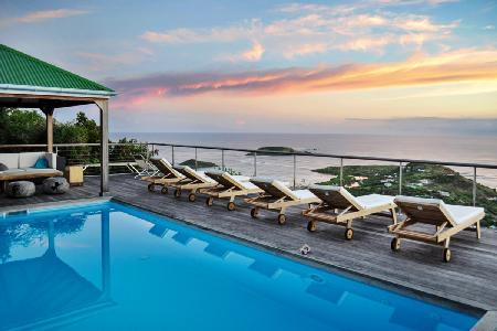 Contemporary Casa Azul offers panoramic ocean views, pool & daily housekeeping - Image 1 - Vitet - rentals