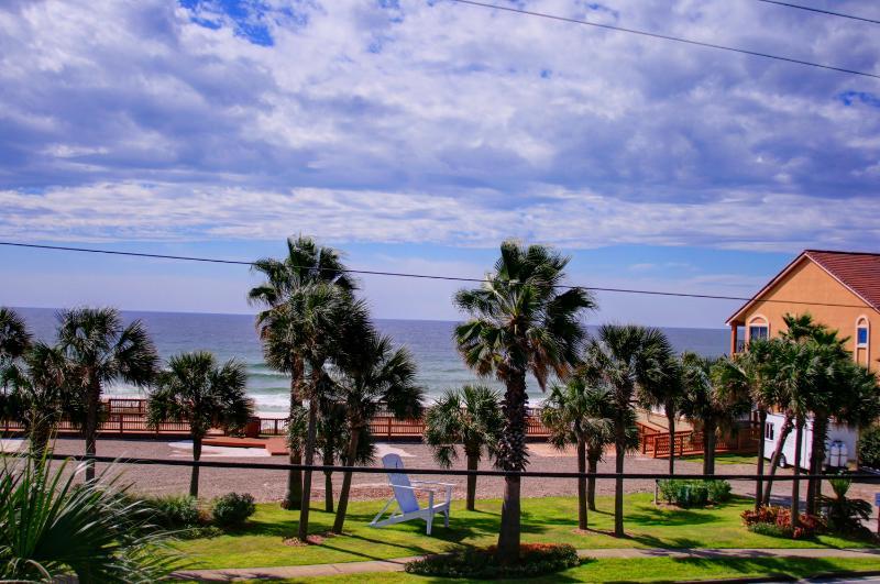 Ocean Breezes-AVAIL 8/18-8/25*Buy3Get1Free8/1-10/31*5BR/4.5BA Private Pool!Walk - Image 1 - Destin - rentals