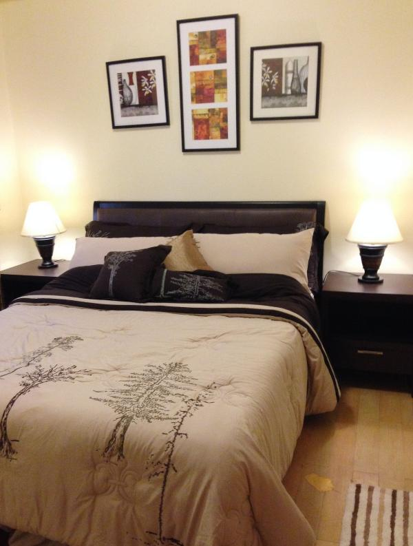 Cozy Bedroom with Queen bed complete with linens - Cozy & Elegant 1 Bedroom Suite in Eastwood City - Quezon City - rentals