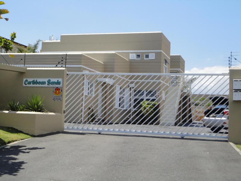 Entrance of Caribbean Sands with Remote - Self Catering Holiday Apartment - Claremont - rentals