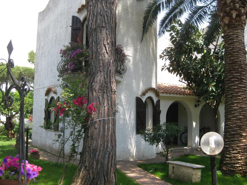 Charming and quiet villa in San Felice Circeo - Image 1 - San Felice Circeo - rentals