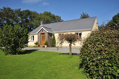 Pet Friendly Holiday Cottage - Rickety Barn, Reynalton - Image 1 - Pembrokeshire - rentals