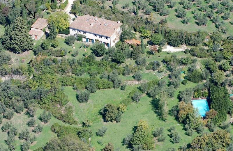 aerial view - Florence hills newly restored Hayloft with pool - Fiesole - rentals