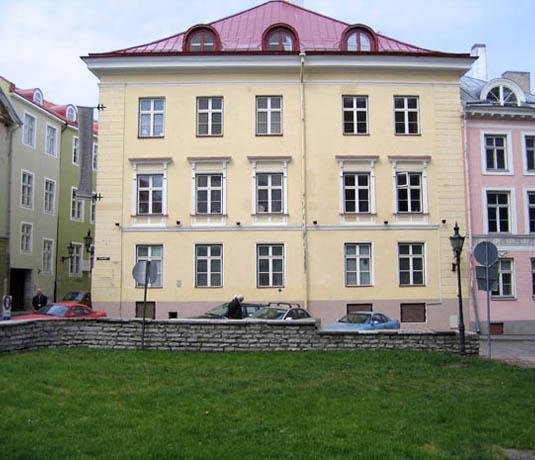 Front view of the house - Rataskaevu Guest Apartment - Tallinn - rentals