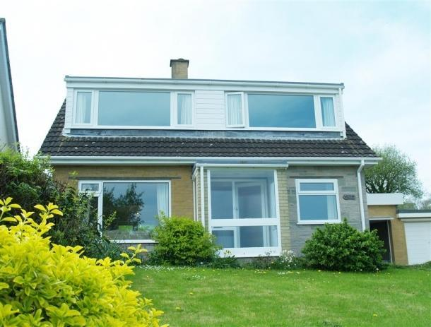 Wilpena, Aberporth - Great Seaside Holiday Cottage - Image 1 - Aberporth - rentals