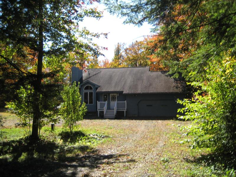 Front of House - Charming Home Nestled in the Berkshires - Becket - rentals