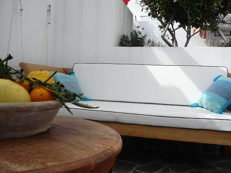 relaxing area - Naif double bedroom with private  bathroom + wifi - Lipari - rentals