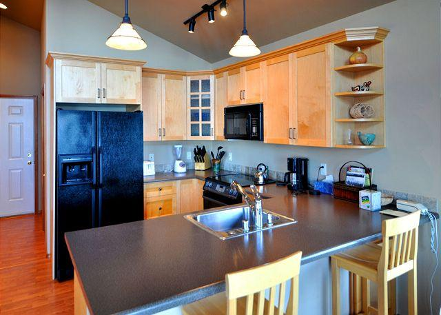 Kitchen with new appliances. - Northern Lights on Orcas Island - Eastsound - rentals