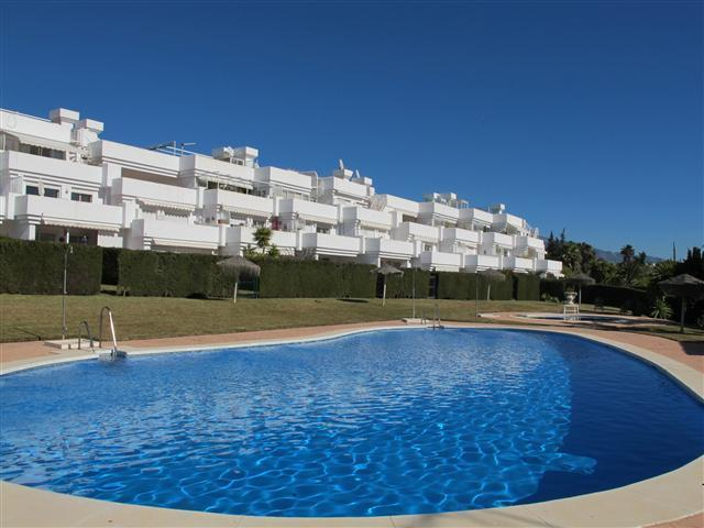 Communal Pool - 2 bed garden apartment, close to shops and beach - Estepona - rentals