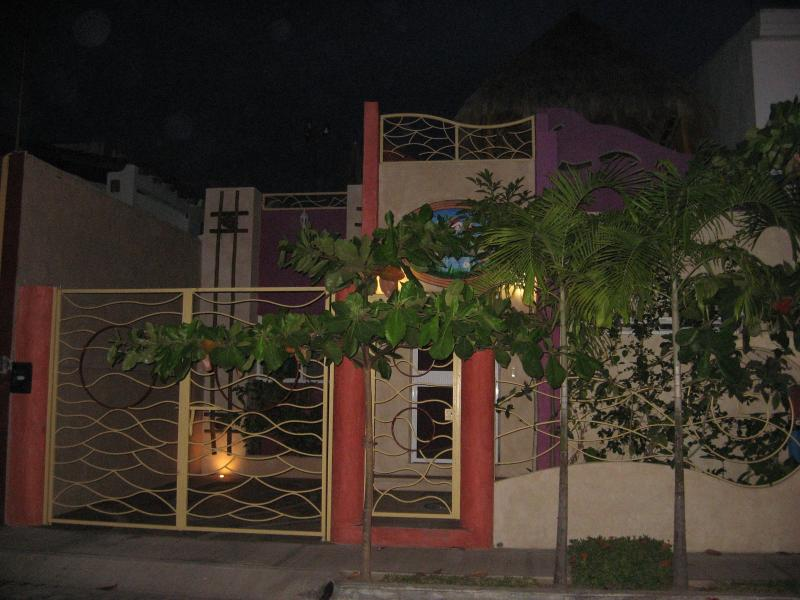 Front of the house - Casa Colibries Barra de Navidad, Mexico - Barra de Navidad - rentals
