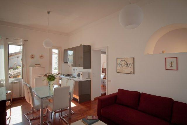 Living room with double sofa bed and kitchenette - Rome Accommodation Piazza di Spagna - Rome - rentals