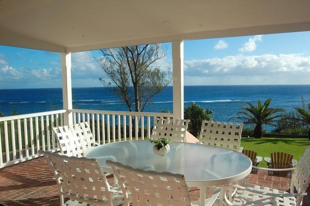 C55. John Smiths Ocean View House - Image 1 - Flatts Village - rentals