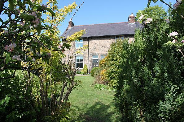view of house from garden - Whitsun View - Wooler - rentals