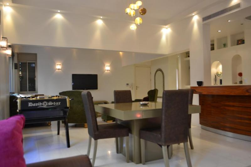 Dining and living room view - Holiday apartment rental Tel Aviv luxury condo - Tel Aviv - rentals