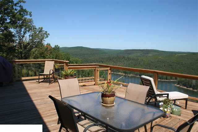 looking west off of upper deck - Bear Mountain View Greers Ferry Lake Arkansas - Greers Ferry - rentals