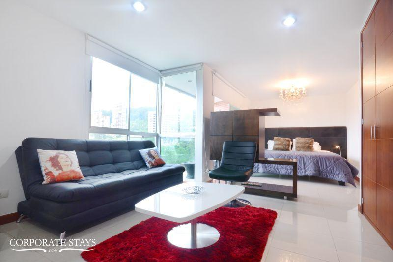 2 BDR Fully Furnished & Equipped Apartment in El Poblado, Gym, Jacuzzi - Image 1 - Medellin - rentals