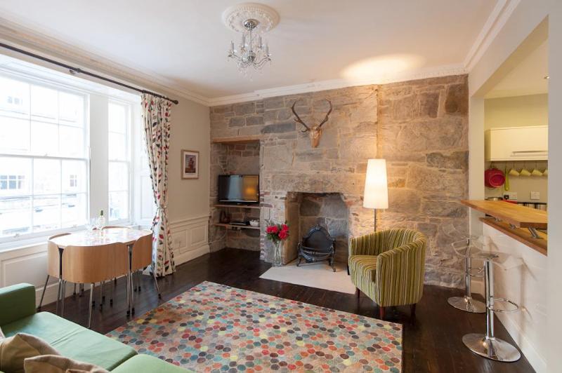 Rose Apartment - Image 1 - Edinburgh - rentals