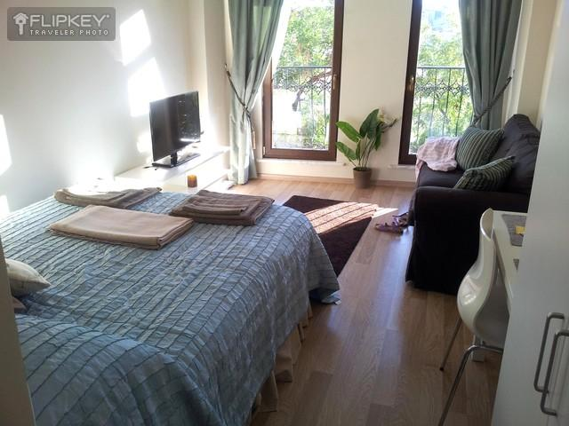 Private Studio Apt!  Modern City Home with Kitchen - Image 1 - Istanbul - rentals