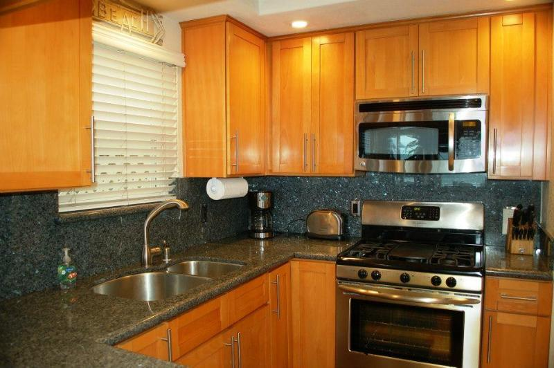 Kitchen - Awesomesaucebeachhouse - Pacific Beach - rentals