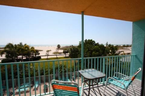 Spacious balcony to relax overlooking the beach - 308 - South Beach Condos - Treasure Island - rentals