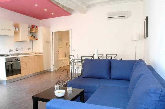 Gorgeous Apartment near Colosseo - Image 1 - Rome - rentals