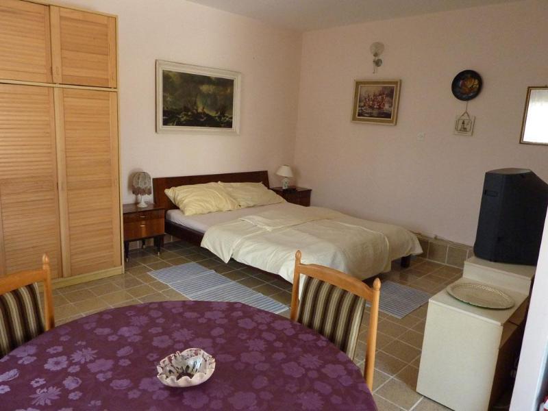 Apartments Cajner Pag - Ap4 (A2+2) - Image 1 - Pag - rentals