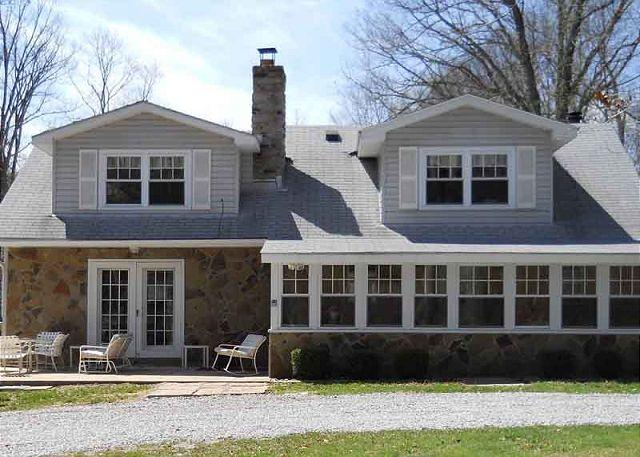 Front - Warm and inviting getaway on Stony Fork Creek! HOT TUB! Large yard! Fire pit! - Farmington - rentals