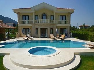 Front enterance and garden - Villa Leisha (Dalyan Turkey) - Göynük - rentals