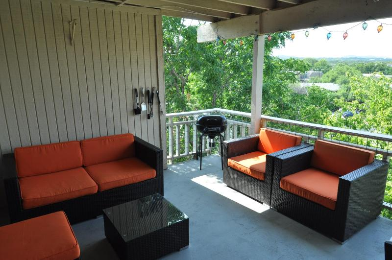 LOOK HERE! The Double View - 2/2 with two decks - Image 1 - Austin - rentals
