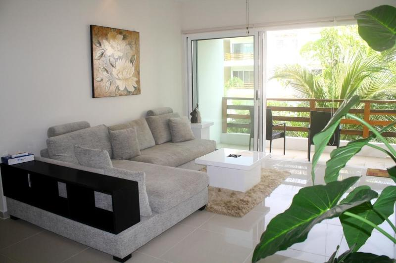 living room - Modern Apartment in Downtown, so many Amenities! - Playa del Carmen - rentals