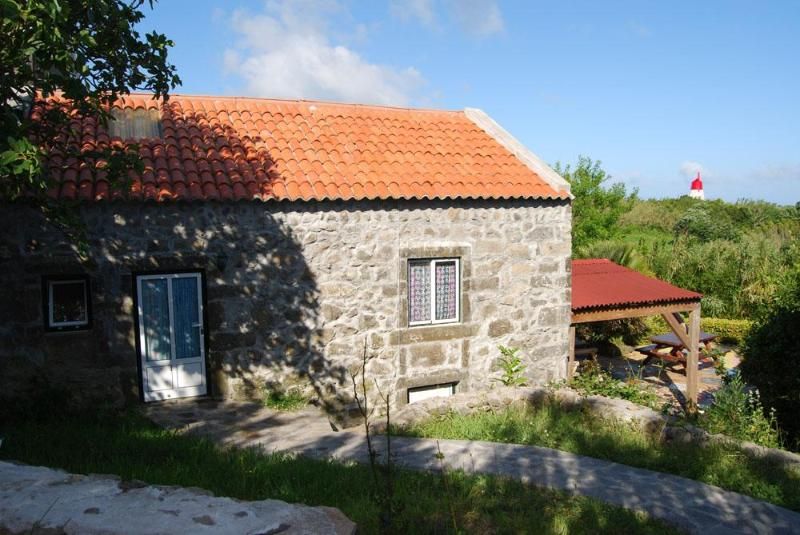 East Side of Cottage - Casa Figueira - Cedros - rentals
