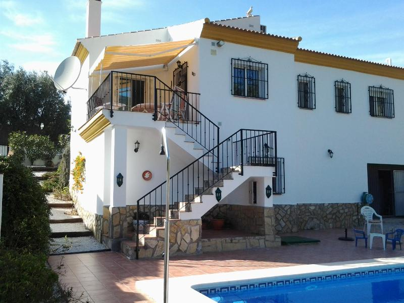 access to pool a bbq area - Villa Brison - Fuentes de Andalucia - rentals