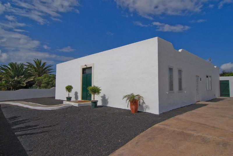 Front - Villa Leopoldo - Costa Teguise - rentals