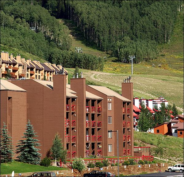 Centrally Located Redstone Condos - Charming & Inviting Condo - At the Base of the Resort (1313) - Crested Butte - rentals