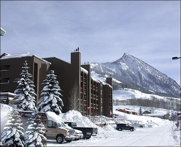 Great Location at the Base of the Resort - Perfect for a Couple - Close to Base Area Shopping (1314) - Crested Butte - rentals