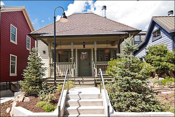 The Abode on Park Ave is in the Heart of Park City, Steps Away From the Town Lift & Main Street Shops - Close to Restaurants & Shops - Mountain Elegance Meets Urban Chic (24794) - Park City - rentals
