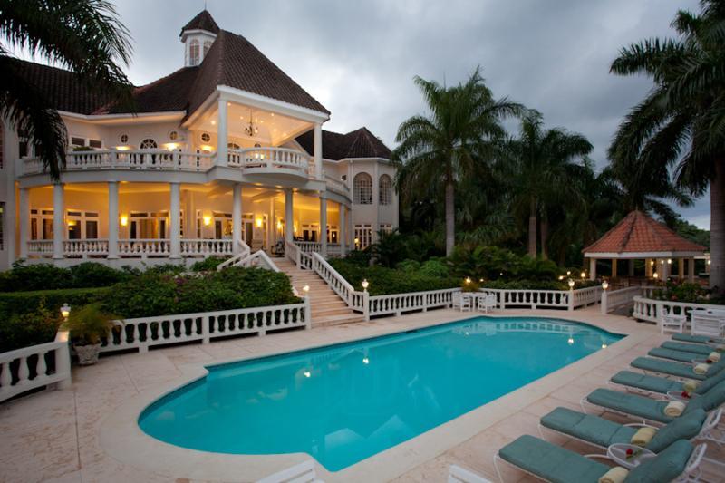 Endless Summer at Montego Bay, Jamaica - Ocean View, Pool - Image 1 - Montego Bay - rentals