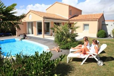 Sophora with private swimming pool - Image 1 - Chateau-d'Olonne - rentals