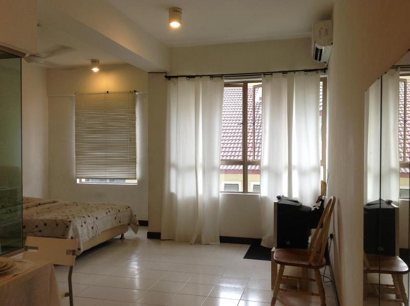 Clean and cosy studio unit - Daily,weekly,monthly, short term clean studio unit - Petaling Jaya - rentals