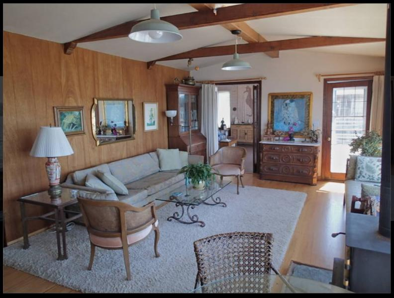View of the cozy living room - Charming Home on Tomales Bay at Spectacular Pt Reyes National Seashore - Marshall - rentals