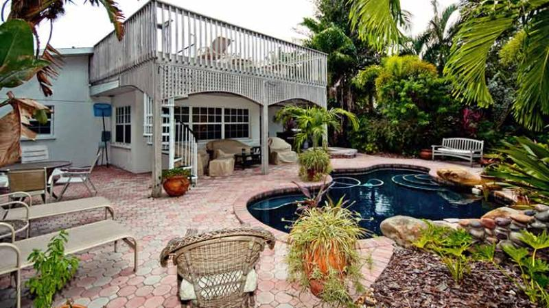 Inviting Backyard! - Island Oasis: 2BR Canal Home with Pool and Dock - Anna Maria - rentals