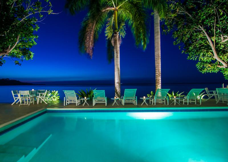 SERENITY ON THE BEACH is a four-bedroom fully-staffed private villa ... - Delightful 4 Bedroom Waterfront Villa in Montego Bay - Montego Bay - rentals