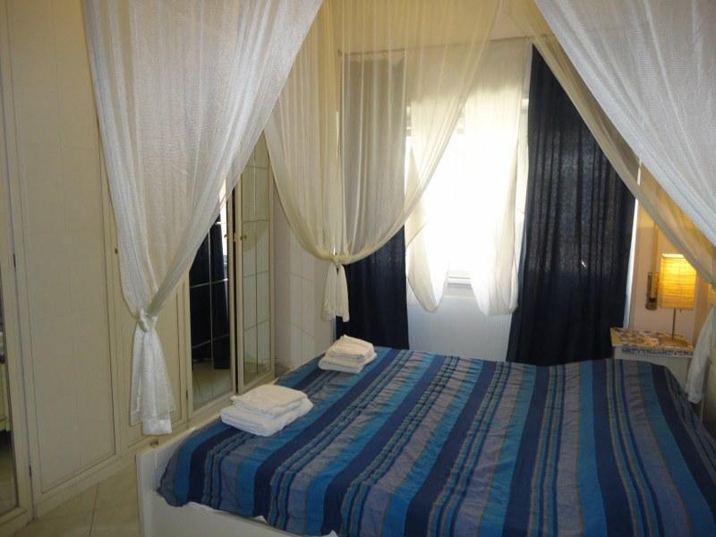 masterbedroom - Beach Apartment Girasolereale Ostia beach - Rome - rentals